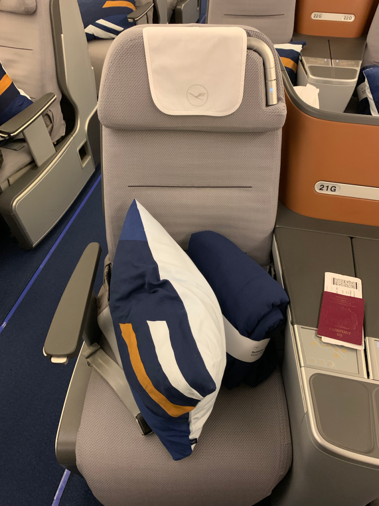 Prime Lufthansa A380 Business Class Singapore To Frankfurt The Gmtry Best Dining Table And Chair Ideas Images Gmtryco